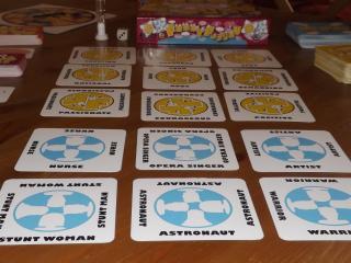Emotional intelligence game